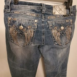 Miss Me Angel wing distressed cropped capris jeans